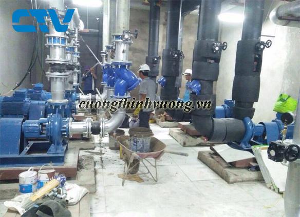 Thiết kế, lắp đặt hệ thống máy bơm giải nhiệt Chiller an toàn, hiệu quả tối ưu